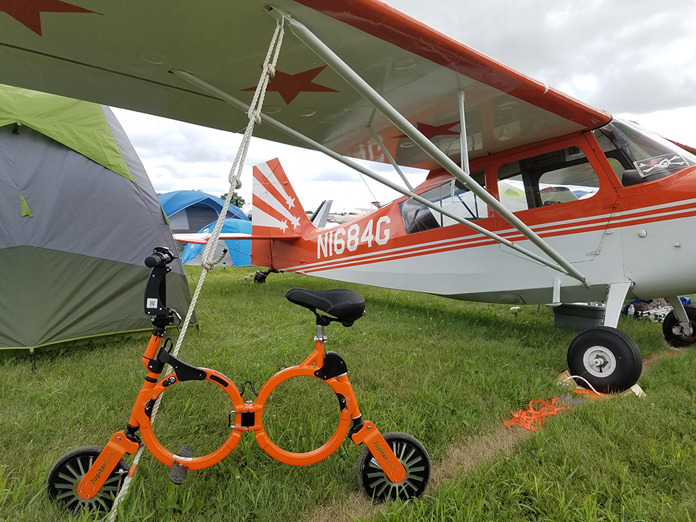 9 oshkosh orange plane