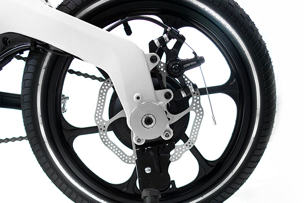 Reflective Tire Sidewalls